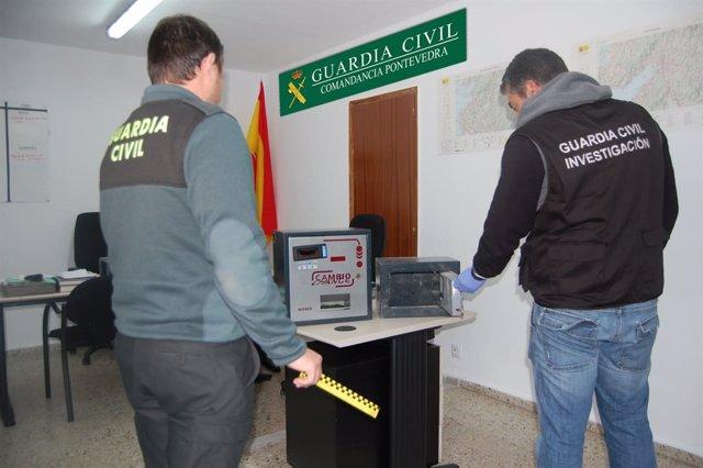Detenidos dos jóvenes de Vilanova de Arousa por una decena de robos en O Salnés