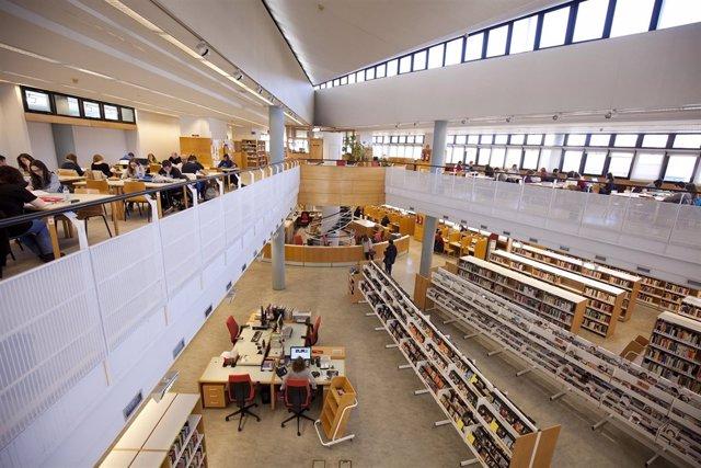[Grupocultura] Nota, Foto Y Audio: La Comunidad Amplía El Horario De 12 Bibliote
