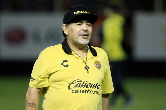 Diego Armando Maradona, entrenador del Dorados de Sinaloa