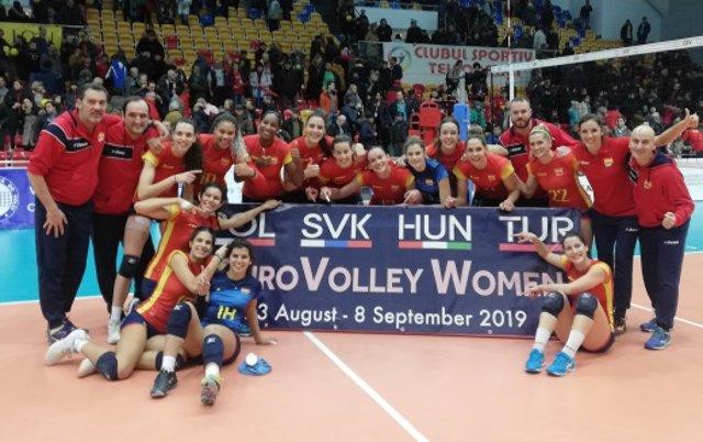 España vence en Rumanía y disputará el próximo Europeo de voleibol femenino