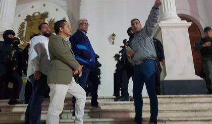 Hallado un supuesto explosivo en el interior del Parlamento venezolano