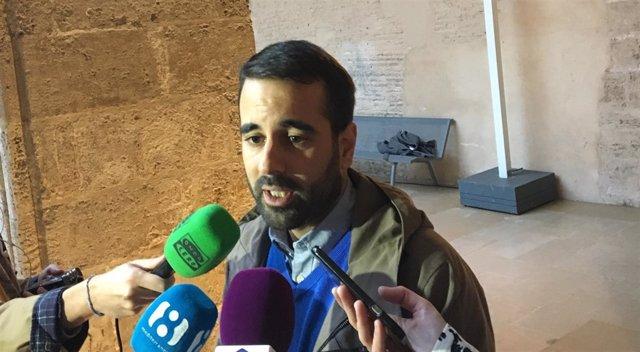El secretario de Organización del PSPV-PSOE, José Muñoz, ante los medios