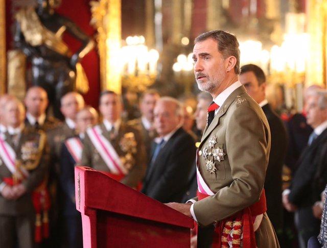 Los Reyes junto a Pedro Sánchez en Palacio Real