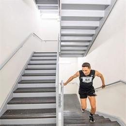 David Robles intentará batir el récord Guinness subiendo escaleras
