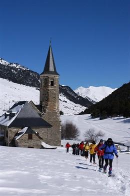 Turismo de invierno, raquetas de nieve, turismo activo, Val d'Aran