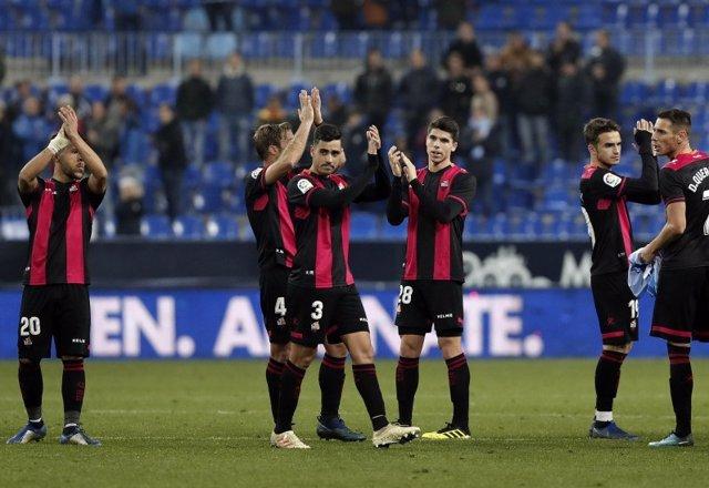 Un Reus en crisis golea al Málaga