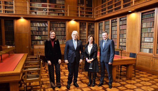 Marta Angerri, Josep Sánchez Llibre, Cristina Gallach y Ángel Simón