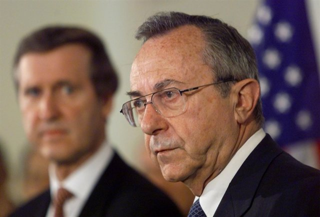 El exministro de Defensa y Exteriores de Israel Moshe Arens