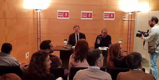 Puig se reúne con el grupo socialista en Les Corts