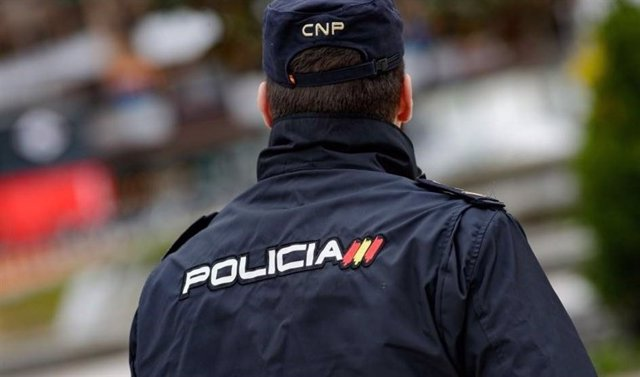 Un agente de la Policía Nacional en imagen de archivo