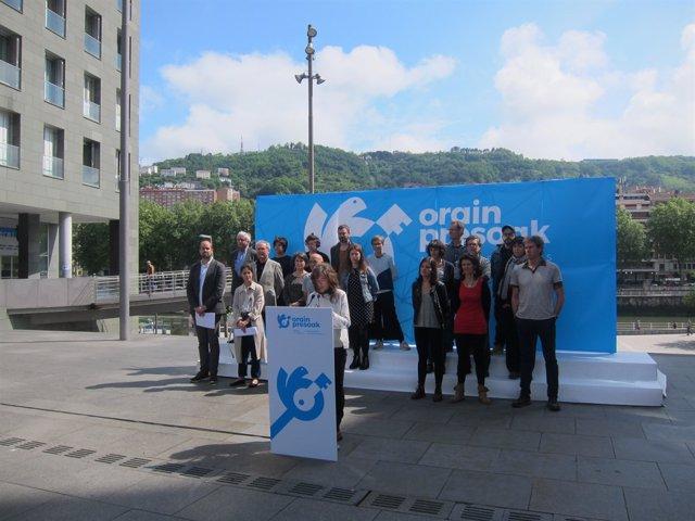"Presentació de la iniciativa ""Orain Presoak"" (arxiu)"