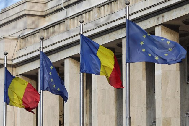 Banderas de Rumanía y la UE