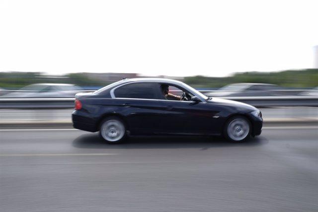 Fotos de recurs de cotxes, taxis, VTC, gruas, trnsit, carreteres, autovies