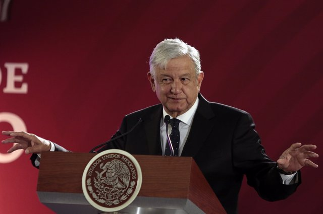 Obrador guarantees fuel supply in Mexico