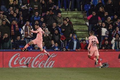 Leo Messi sigue mandando en el 'Pichichi' por delante de Luis Suárez