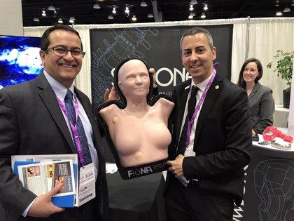 """Un médico español patenta un dispositivo que """"revoluciona"""" la docencia de Anatomía Patológica a nivel mundial"""