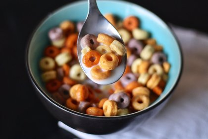 La publicidad de cereales azucarados dirigida a niños influye en la calidad de su dieta