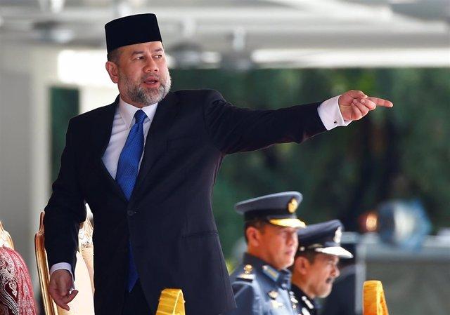 El rey de Malasia, sultán Mohamed V de Kelatan