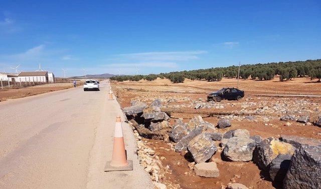 Obras de emergencia en seis carreteras de Sevilla y Málaga.