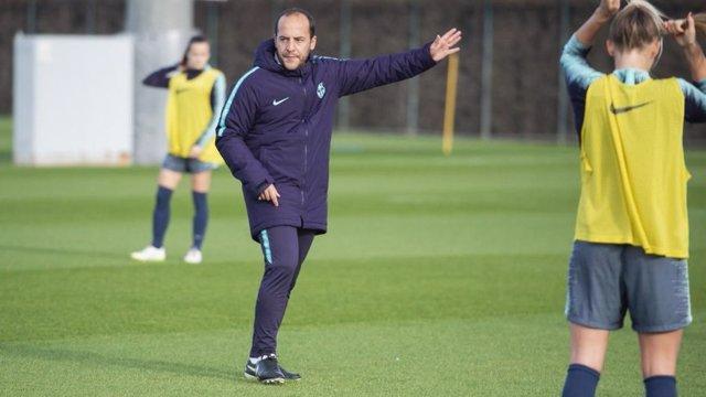 El nuevo entrenador del FC Barcelona femenino, Lluís Cortés