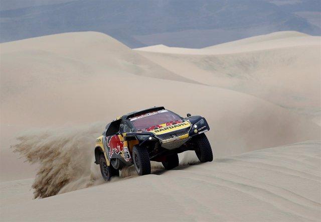Sebastien Loeb (Peugeot) en el Dakar