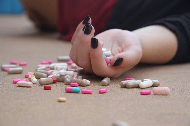 Suicidio, depresión, pastillas
