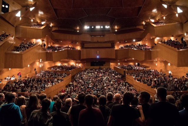 La última edición de 'Naukas Bilbao' en el Palacio Euskalduna