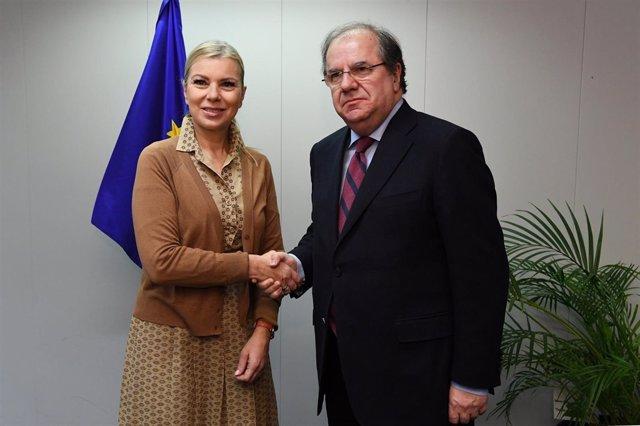 Imagen de la reunión entre Herrera y Elzbieta Bienkowska, 8-1-19