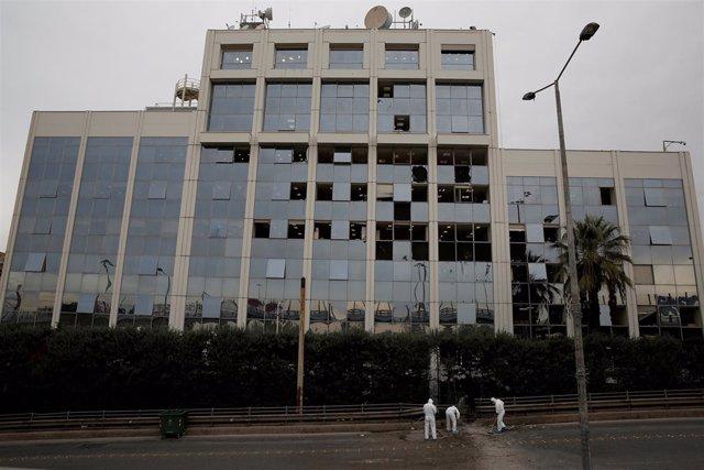 Sede de SKAI TV tras la explosión de una bomba en su sede en Atenas (Grecia)