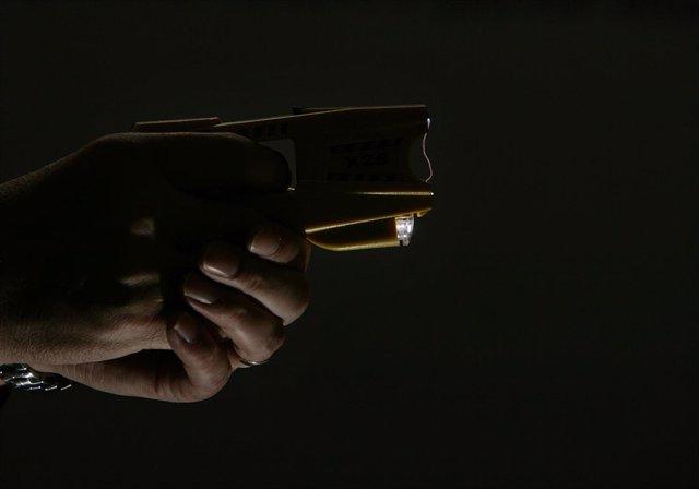 Pistola eléctrica, arma paralizante