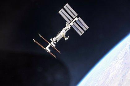 Las bacterias en la Estación Espacial Internacional se están adaptando para sobrevivir, no para dañar