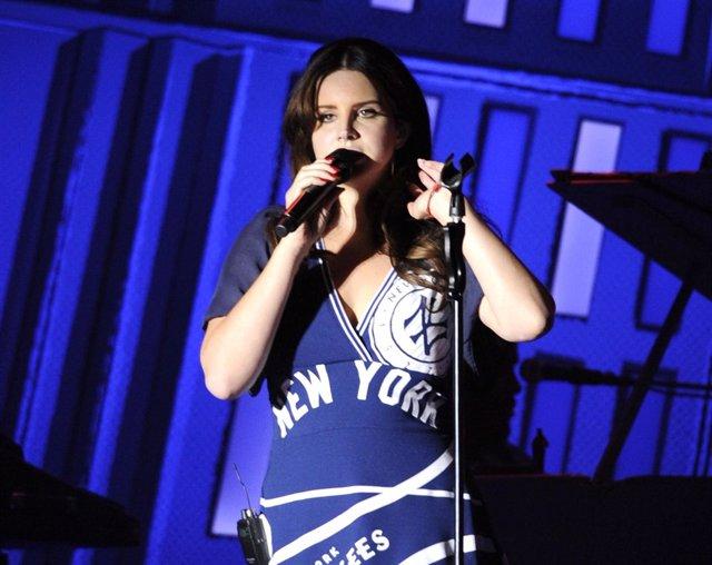 Lana Del Rey en un concierto en Nueva York