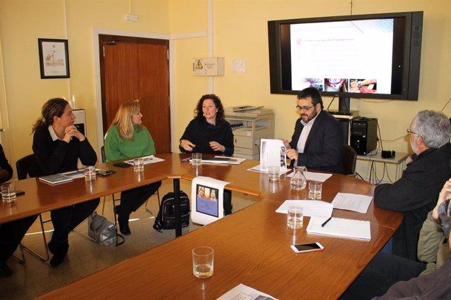 Conseller de Medio Ambiente, Vicenç Vidal, con la adjunta de Semilla, A. Calafat