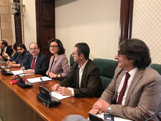 Miquel Iceta en la reunió del grup parlamentari PSC-Units