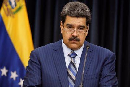 """Maduro advierte que responderá con """"mucha firmeza"""" a los países que lo desconozcan tras asumir su segundo mandato"""