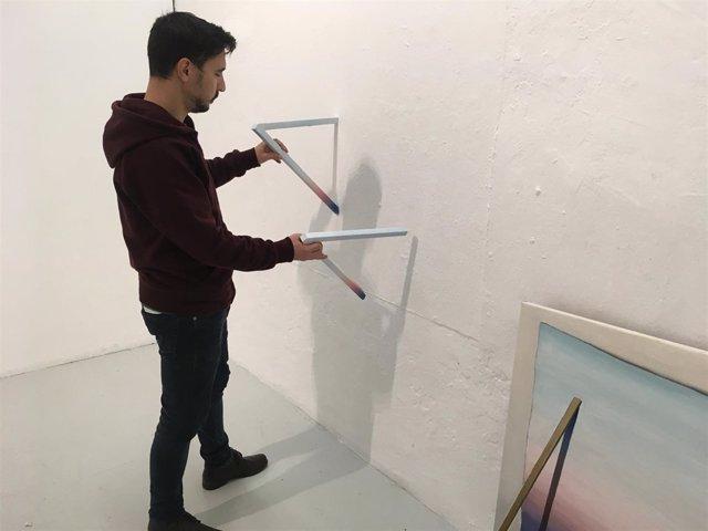 El artista murciano Ramón Sánchez Resalt prepara su exposición