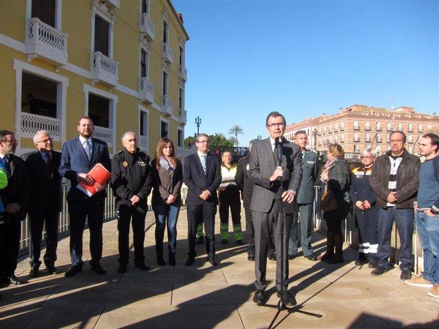El alcalde Ballesta ofrece con su equipo datos Navidad