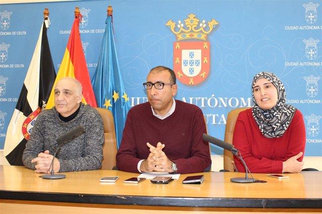 Miembros de Caballas y Coalición por Melilla (CpM), en rueda de prensa