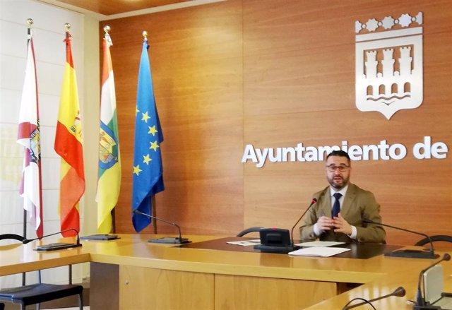 Javier Merino en la rueda de prensa