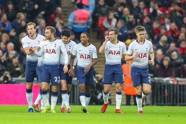 El Tottenham celebra un gol en Wembley
