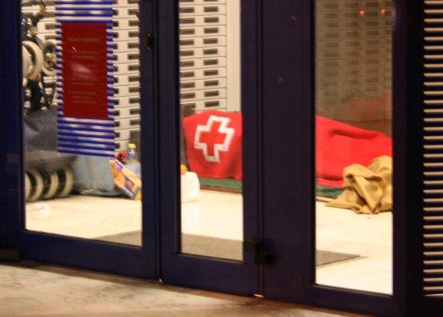 Personas sin hogar, Cruz Roja