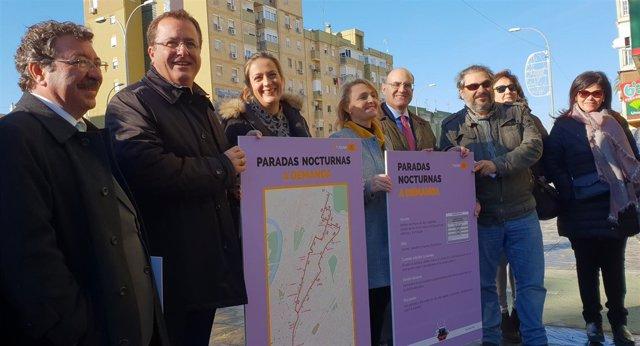Myriam Díaz, Juan Carlos Cabrera y Eva Oliva presentan las paradas antiacoso