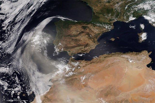 Polvo del desierto se cierne sobre la Península Ibérica el 2 de agosto de 2018