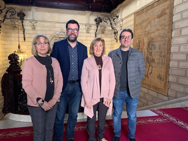 Alcalde de Palma, Antoni Noguera, y miembros de Pimem