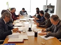 El conseller Chakir el Homrani reunit amb patronals i sindicats de residències