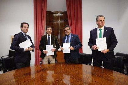 Los 37 puntos del acuerdo de PP y Vox para desbloquear la investidura de Juanma Moreno como presidente de la Junta