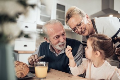 El papel de los abuelos en la nutrición de los niños