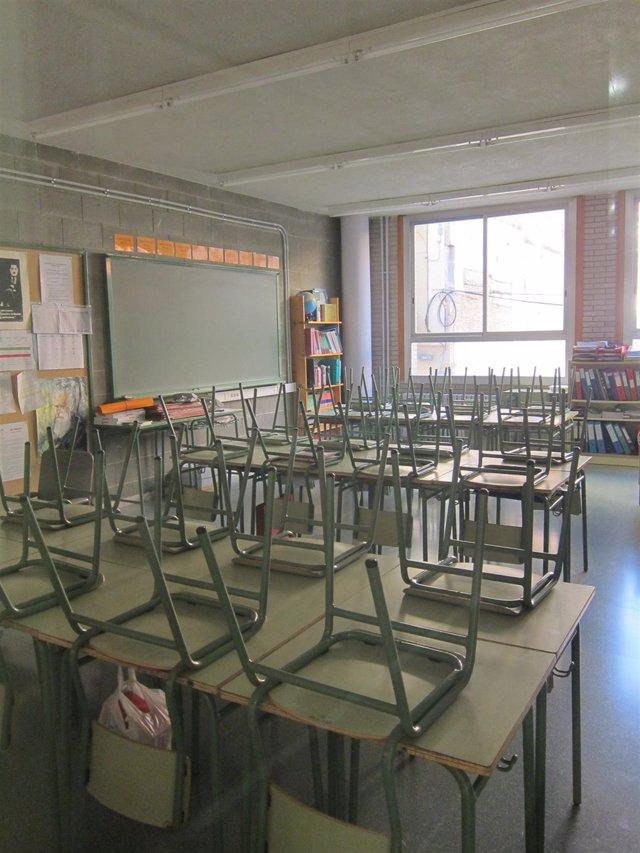 Quince menores detenidos acusados de vejar y humillar a dos hermanos en un instituto de Madrid