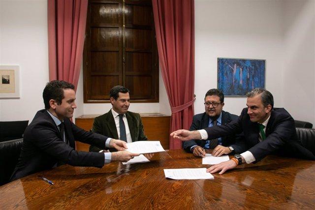 Reunión de PP-A y Vox entorno al pacto de investidura