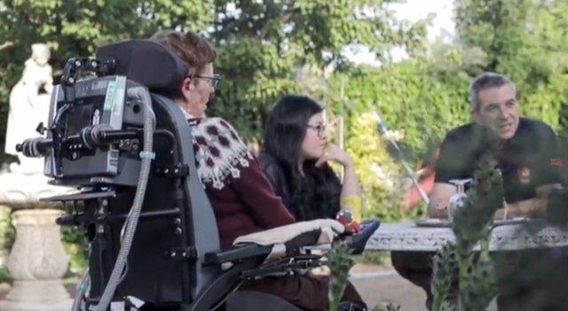 Persona con ELA, Fundación Luzón